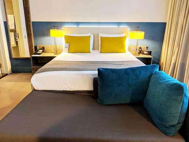 Staybridge Suites London (2)