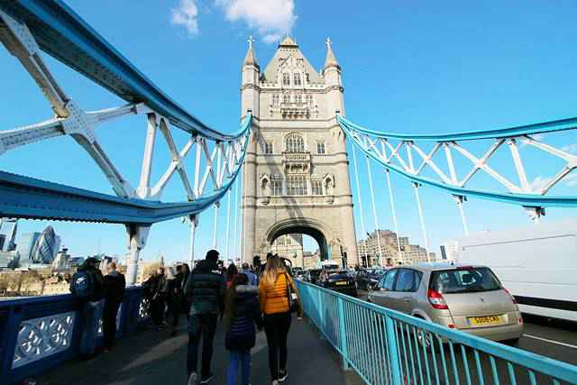 Tower Bridge London (1)