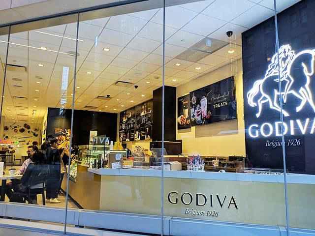 Godiva Café NYC (1)