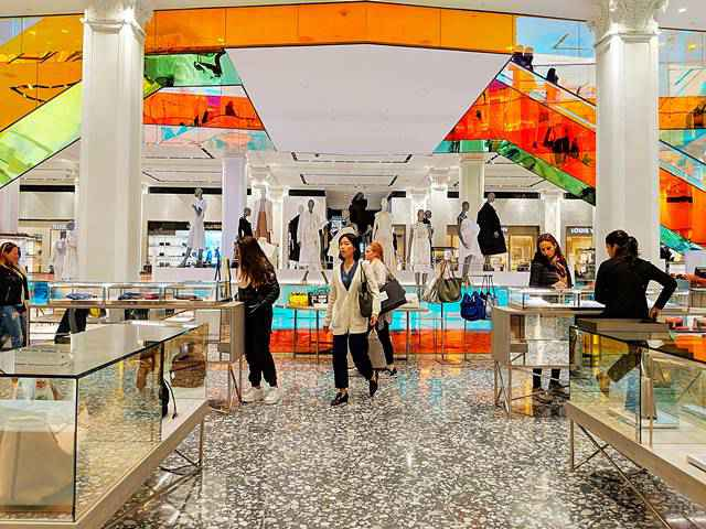 Saks Fifth Avenue NYC (21)