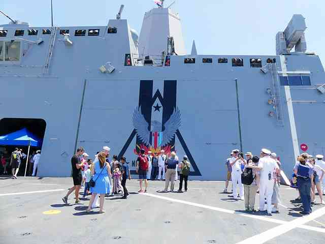 USS New York (LPD-21) (6)