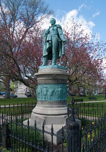 Matthew-Perry-statue-Touro-Park-Newport-RI