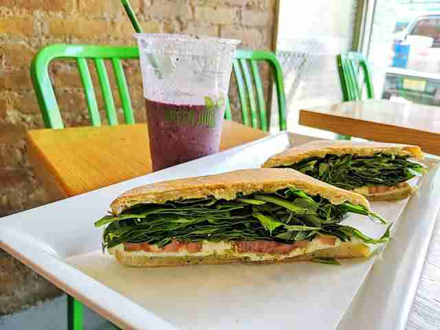 Green Juice Cafe (1)