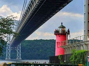 Little Red Lighthouse (1)