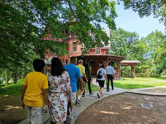 Mark Twain House & Museum (7)