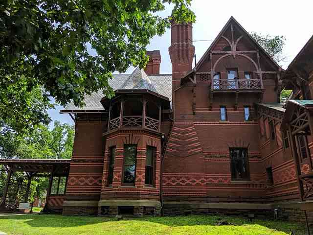 Mark Twain House & Museum (8)