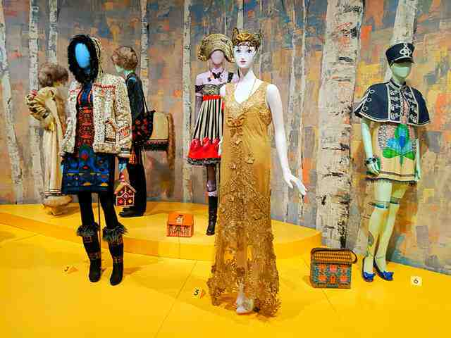 Anna Sui NY Museum of Arts and Design (8)