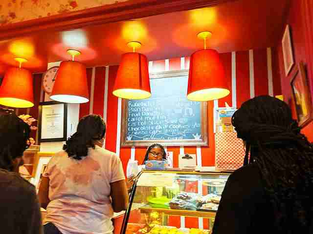 Lee Lee's Baked Goods NY (1)