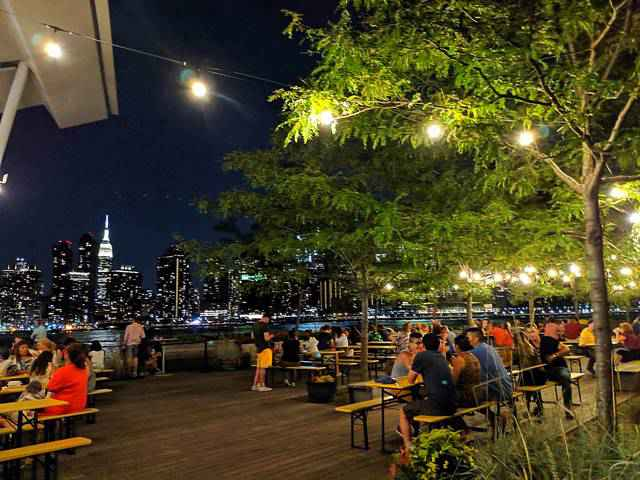 Night View in New York – Queens (12)