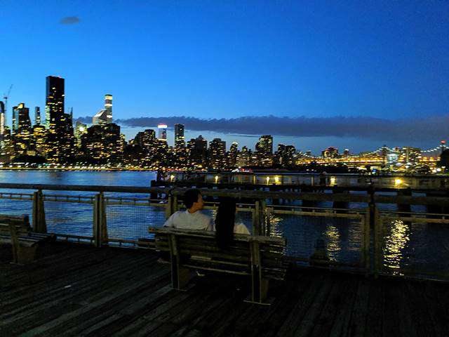 Night View in New York – Queens (8)