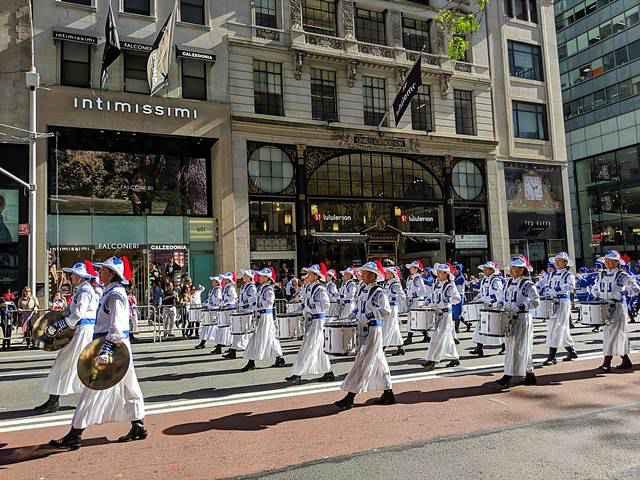 Columbus Day parades NY (13)