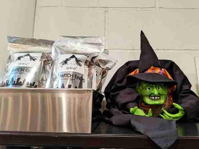 Halloween at Chelsea Market (14)