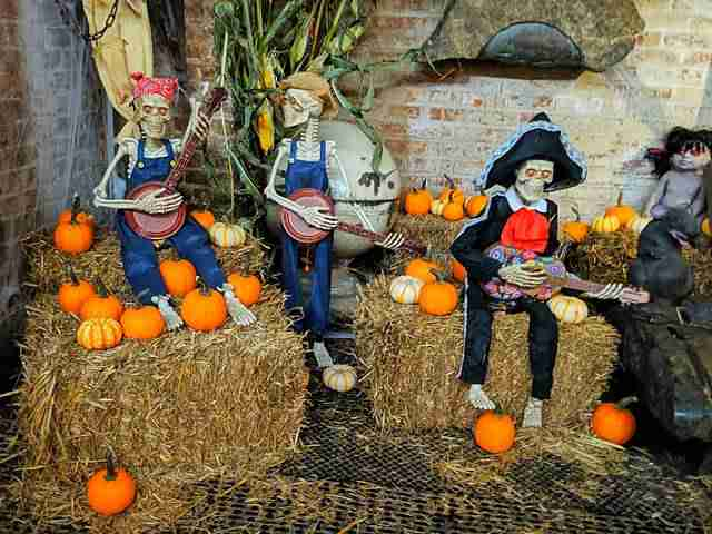 Halloween at Chelsea Market (7)