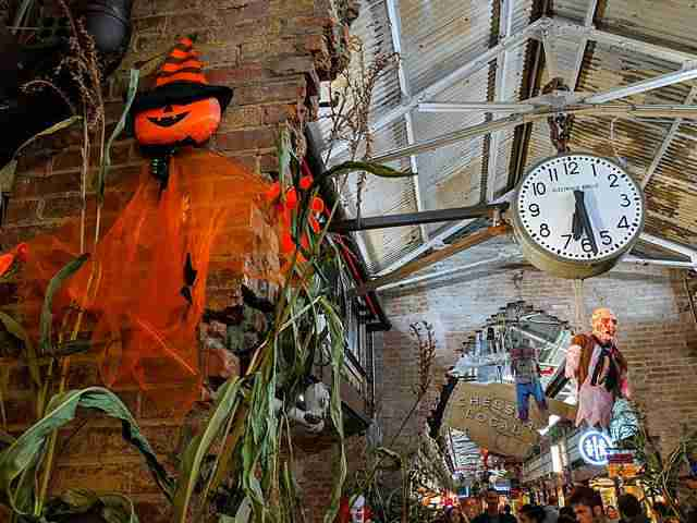 Halloween at Chelsea Market (8)