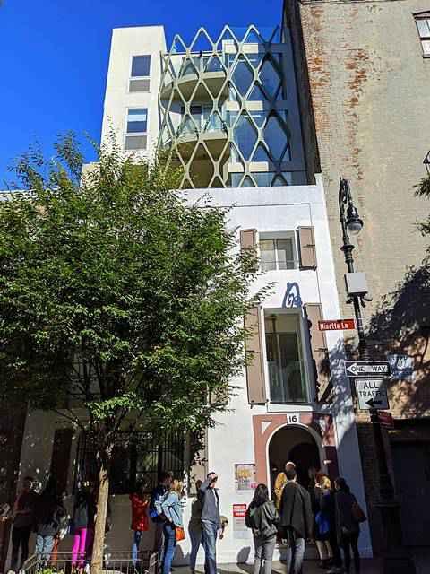 Minetta Lane Residence (1)