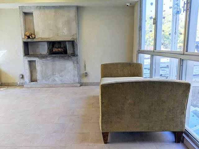 Minetta Lane Residence (9)