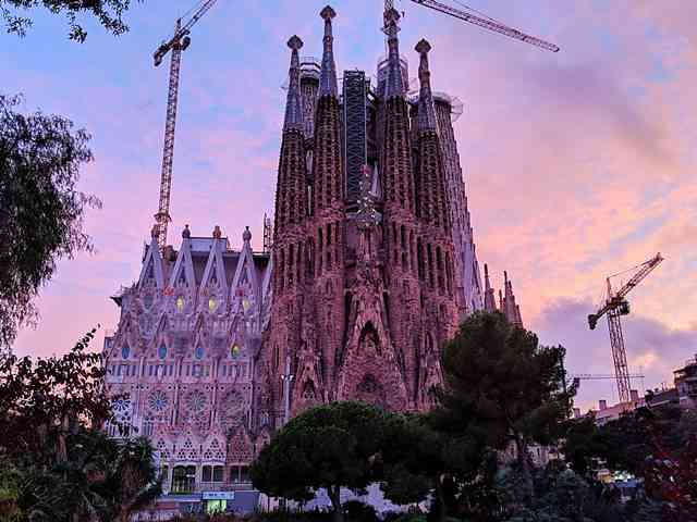 Sagrada Familia Barcelona Spain (5)