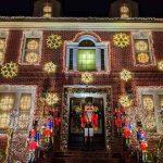 Dyker Heights Brooklyn NY Christmas Lights (5)