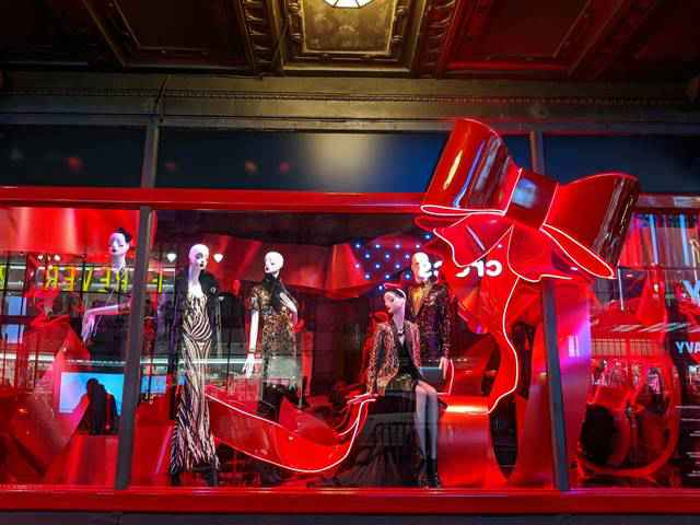 Macy's Christmas Holiday Window (12)