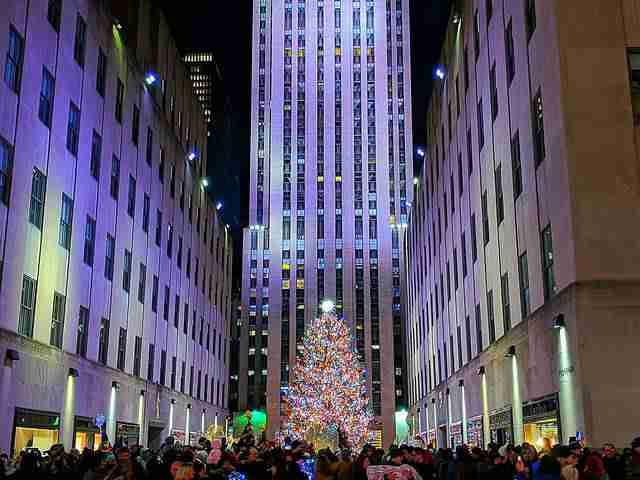 Rockefeller Center Christmas Tree (13)