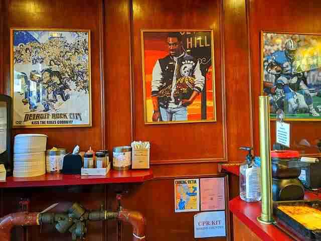 Lions & Tigers & Squares Detroit Pizza (4)
