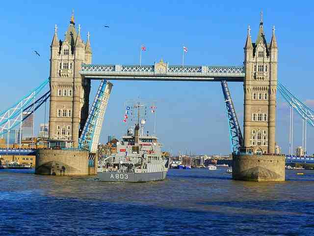 London (54)