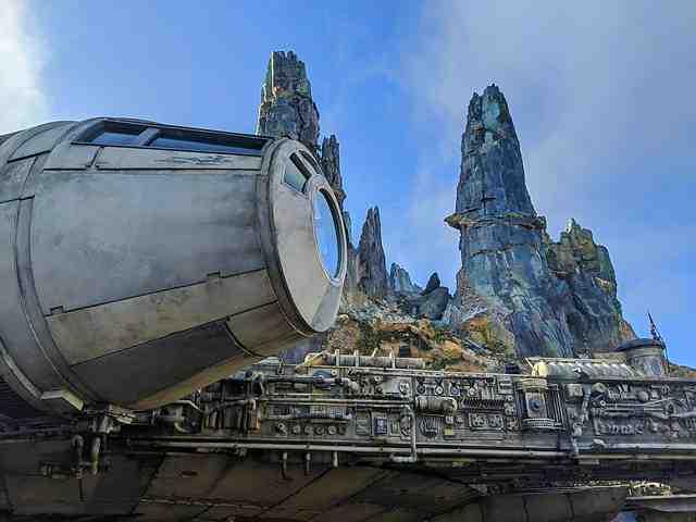 Star Wars Galaxy's Edge (2)