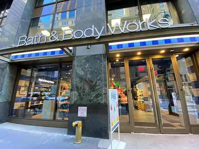 Bath & Body Works (1)