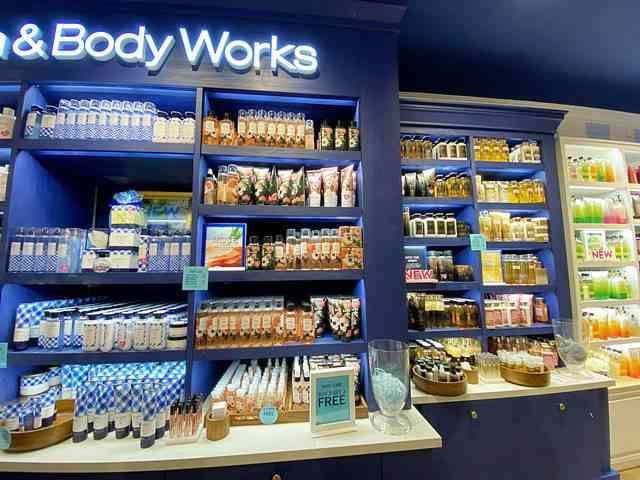 Bath & Body Works (14)
