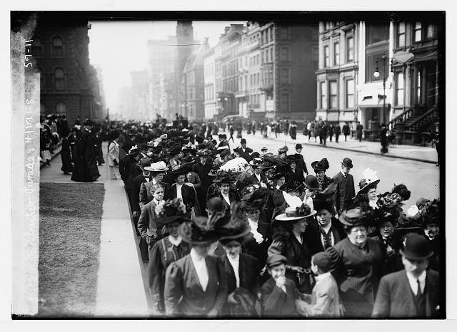 easter-parade-nyc-loc