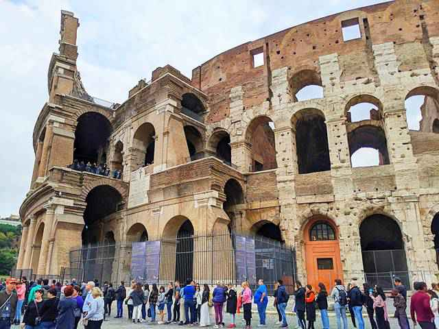 Colosseum Rome Italy (3)