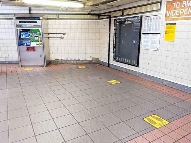 Metro NYC Subway Social Distance (1)