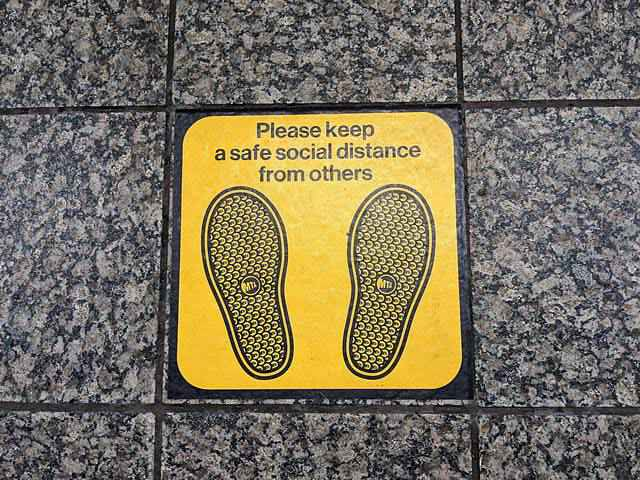 Metro NYC Subway Social Distance (3)