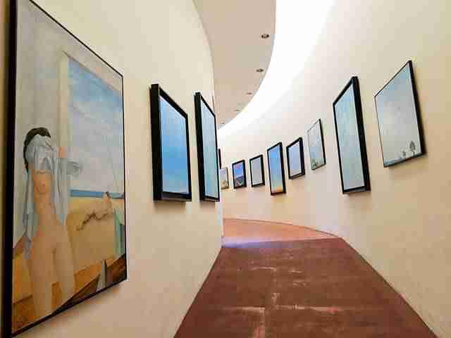 Dalí Museum Figueres Spain (20)