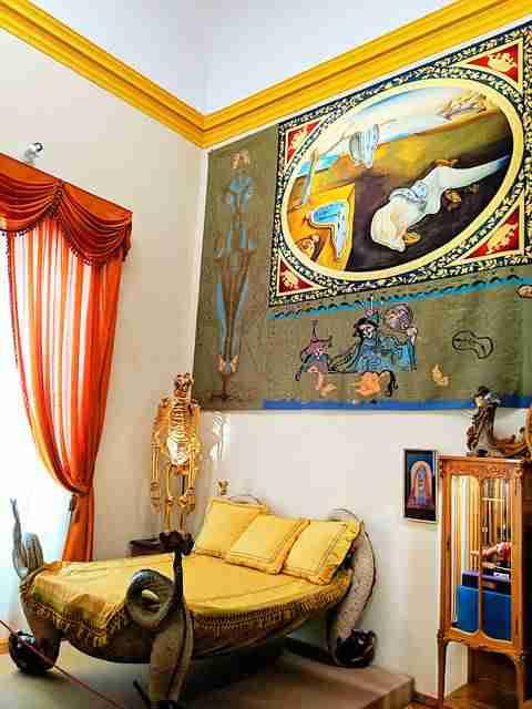 Dalí Museum Figueres Spain (31)