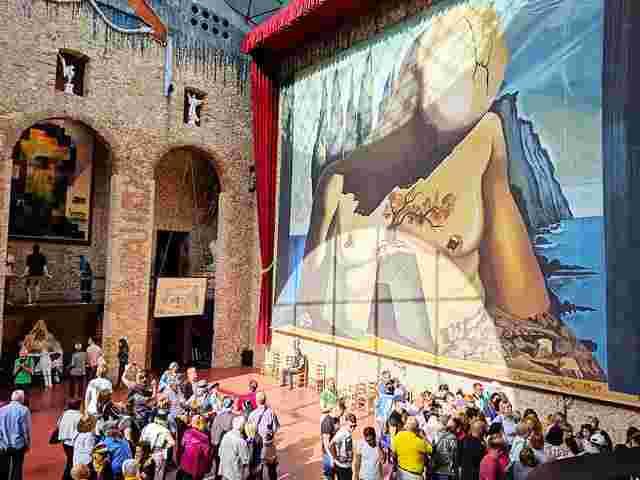 Dalí Museum Figueres Spain (44)