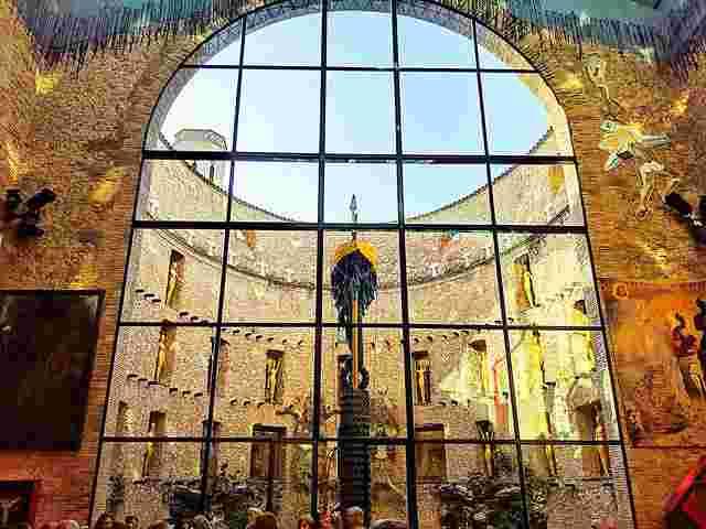 Dalí Museum Figueres Spain (8)