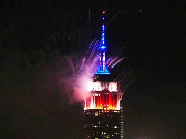 Empire State Building Fireworks (3)