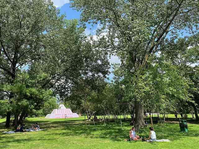 Socrates Sculpture Park (4)