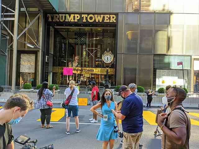 Trump Tower BLM (1)