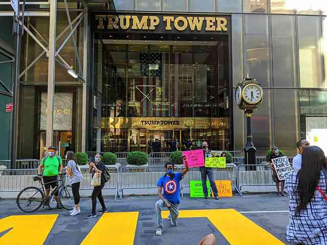 Trump Tower BLM (2)