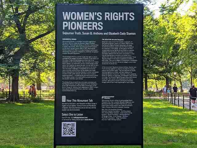 Women's Monument Central Park (2)