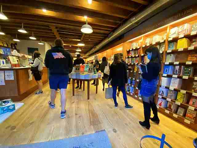 McNally Jackson Books (5)