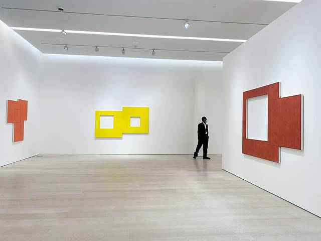 Pace Gallery Mangold (3)