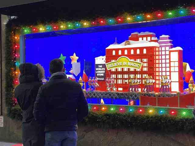 Macy's Holiday Windows (4)