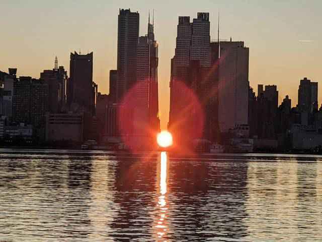 Manhattanhenge Sunrise (7)