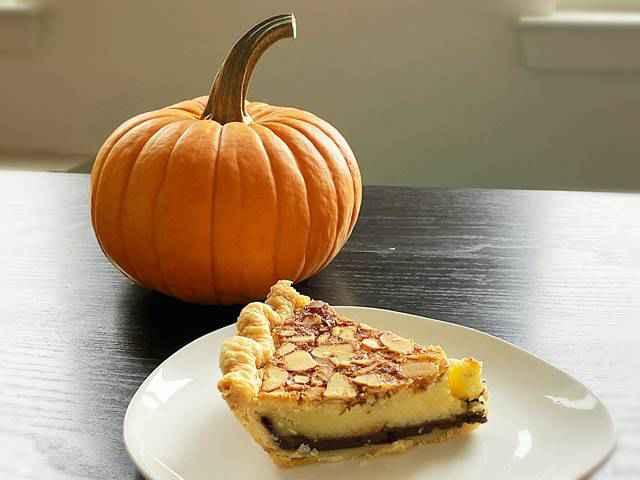 Petee's Pie (10)