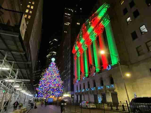 NYSE Christmas (1)