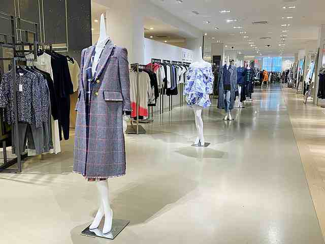 Barneys at Saks (6)