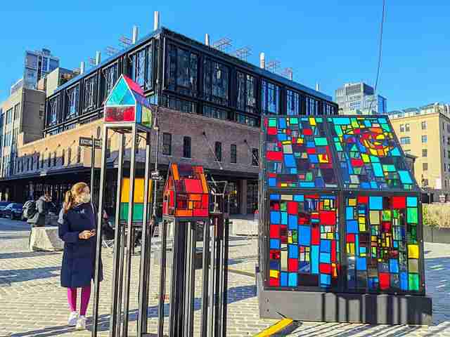 Tom Fruin Stained Glass House (4)